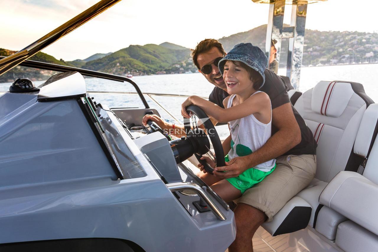 Barco segunda mano Jeanneau Cap Camarat 10.5 WA S2 año 2021【 OCASIÓN 】