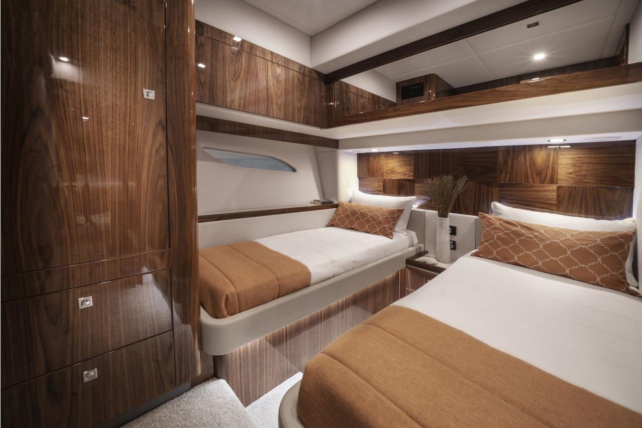 Riviera 6000 Sport Yacht - Precio Riviera 6000 Sport Yacht 【 NUEVO 】