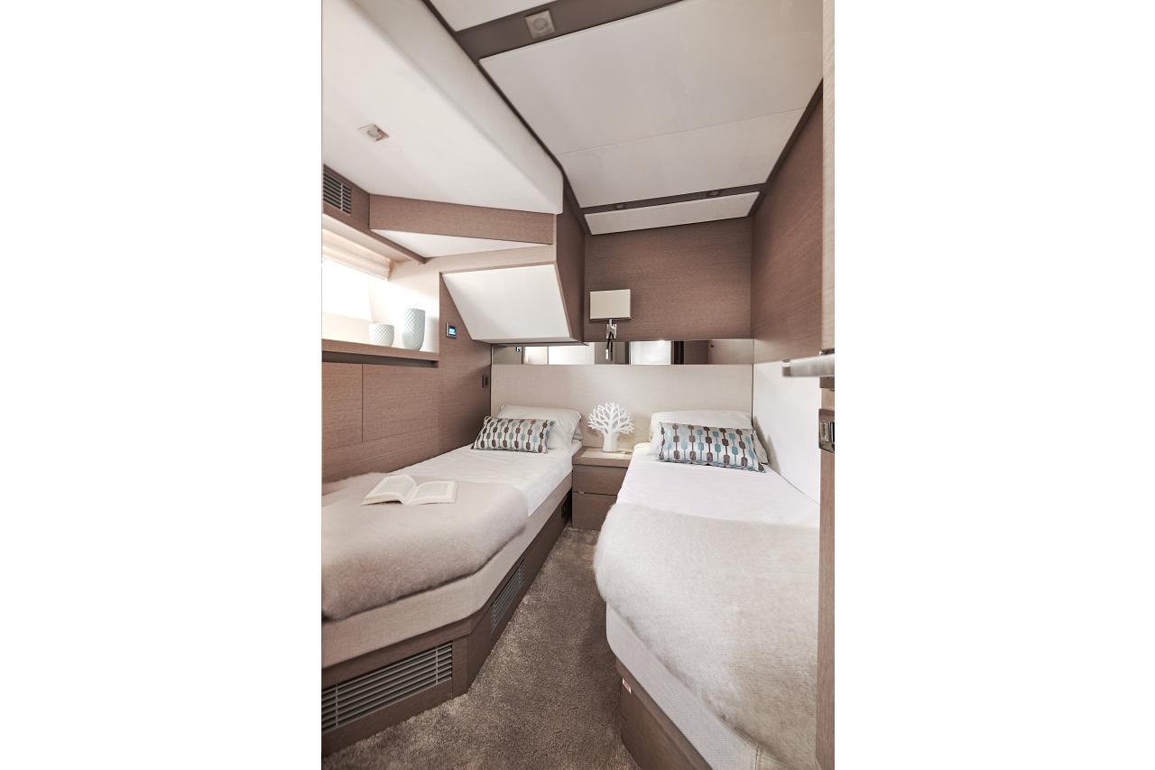 Prestige Yachts 680 - Precio Yate Prestige 680 【 NUEVO 】Sernautic