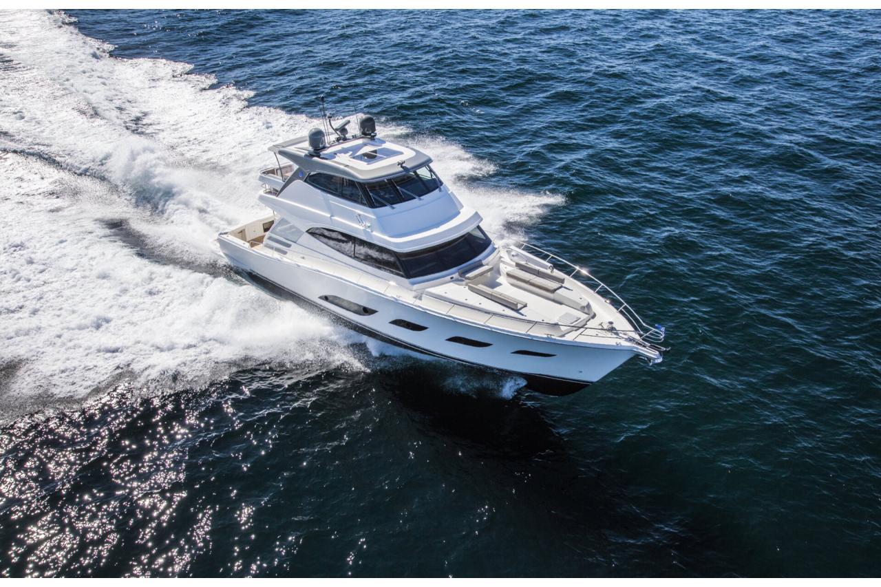 Riviera 68  - Precio Riviera 68 Sport Motor Yacht【 NUEVO 】 - Sernautic