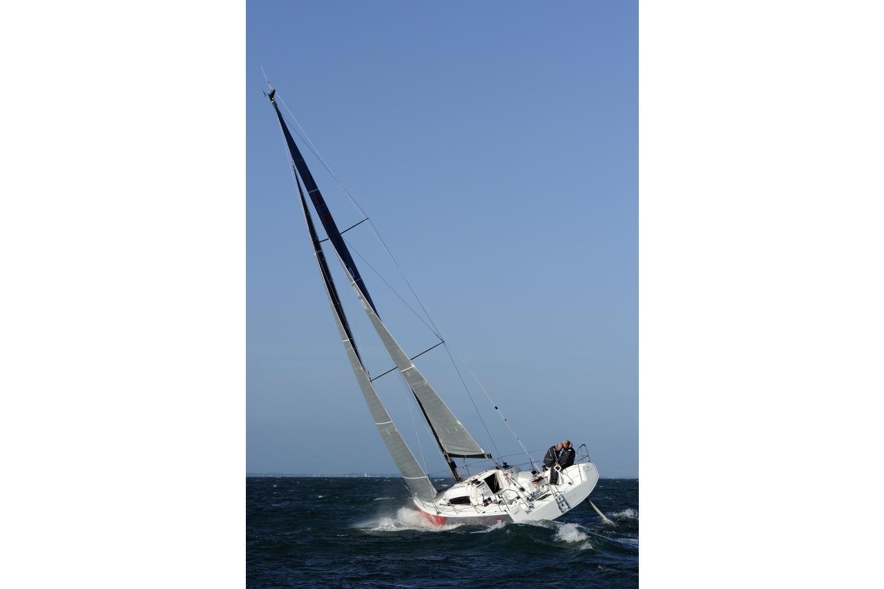 Precio Jeanneau Sun Fast 3600【 NUEVO 】Sernautic ☎ (+34)607 819 503